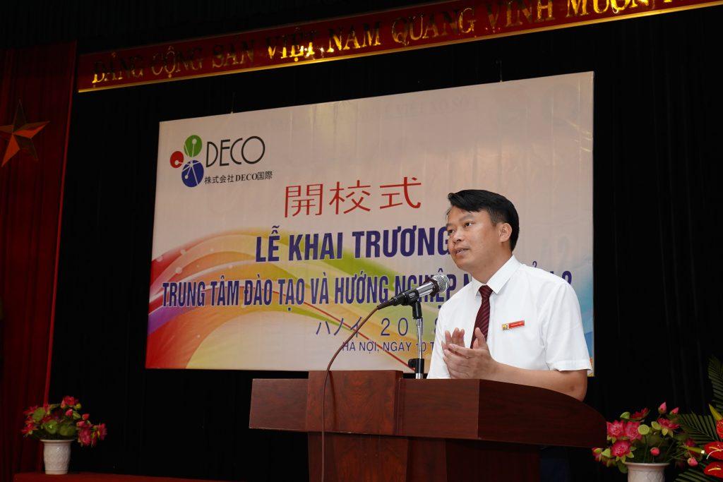 Ông Trần Đức Tiệp, hiệu trưởng Trường CĐ nghề Việt Xô số 1 chia sẻ về các chương trình, cơ hội hợp tác giữa hai đơn vị